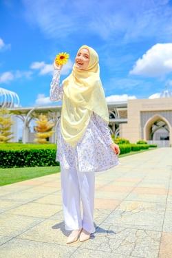Fehyra Blouse 2.0 - Sun Roses